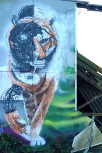Cyborg Tiger Grafiti Aussenfassade Lederfabrik Knecht Elmshorn Ellas Schreibwelt